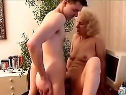 Lad came to MILF's place to use the computer but he had to use her mature slit too